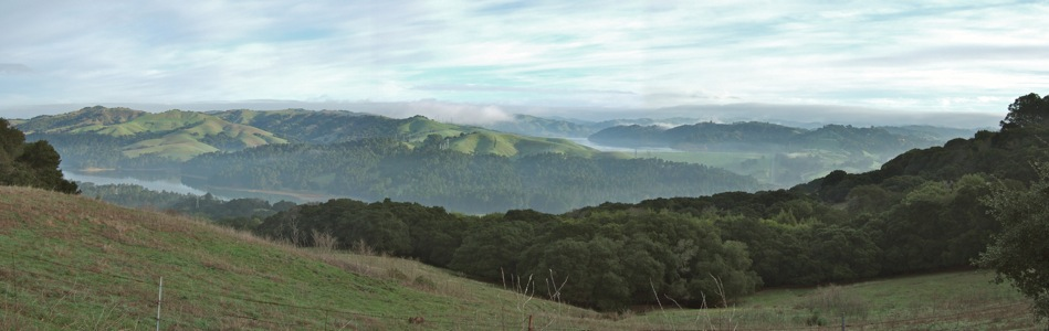 San Pablo and Briones Reservoirs from Vollmer Peak - 1/2011